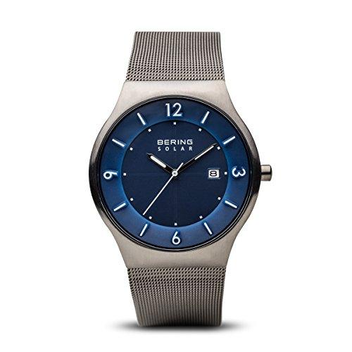 Bering Herren Analog Solar Uhr mit Edelstahl Armband 14440-007
