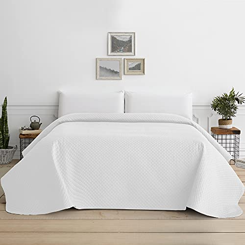 Vipalia Summer bouti bedspread.  Bedspread Bed 90 Spring and Mid-season.  Bedspread Bedspread Fine Individual Marriage Reversible Quilted Diamonds.  180x260 cm.  White color.