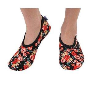 Snoozies Women's Lightweight Floral Plush Slipper Socks – Womens Slippers