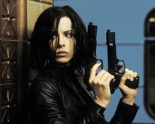 Erthstore Kate Beckinsale 11x17 Poster Iconic Holding Two Guns Underworld