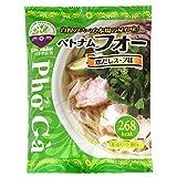 もちもちお米めんと、すっきりした本格スープ! 内容量:101g(米めん68g、スープ30g、香味油3g)× 12食 原材料:めん(米粉(ベトナム産)、でん粉、食塩)、スープ(砂糖、鶏がら、食塩、香辛料、しいたけ / 調味料(アミノ酸等))、香味油(食用油脂、アナトーシード / 香料、酸化防止剤(V.E))、(一部に卵・鶏肉・大豆を含む) ※原材料のでん粉はタピオカでん粉を使用しております。 保存方法:直射日光、高温多湿を避け常温で保存して下さい。 アレルゲン情報:製品に卵、鶏肉、大豆を含む