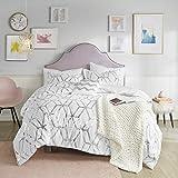 Comfort Spaces Vivian Comforter Set Ultra Soft All Season Lightweight Modern Geometric Glam Metallic Print Bedding, Matching Sham, Decorative Pillow, Full/Queen, White/Silver