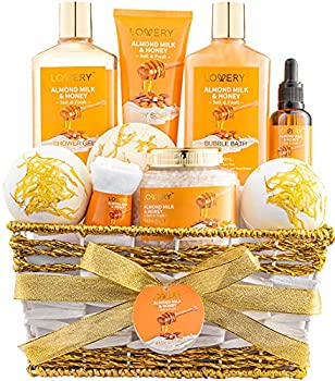 DELUXE 10 PIECE SET - Our deluxe self-care package is filled with all the body soothing spa essentials a woman needs! Shower Gel, Bubble Bath, Body Scrub, Bath Salt, Bath Oil, Hand Towel, 2 x Ex-Large Bath Bombs and Shower Steamer Tablet. Packed in a...