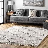 nuLOOM Amelia Moroccan Lattice Tassel Shag Rug, 6' 7' x 9', Off White