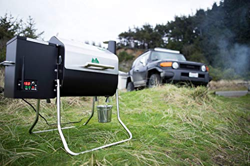 Product Image 3: Green Mountain Davy Crockett Prime WiFi Control Portable Wood Pellet Grill