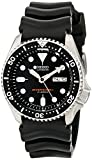 Seiko SKX007J1 Dial: 34 mm Case: 46 (with crown) x 42 (W) x 13 mm (thickness) Gender: Mens -Water Resistant: - Dial Material: Hardlex Box and Packaging: Our watch box are original but it is for Asia region, it might be different in the picture shown ...