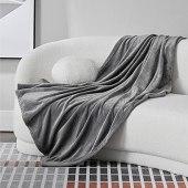 Bedsure Mantas para Sofás de Franela 150x200 cm - Manta para Cama 90 Reversible de 100% Microfibre Extra Suave - Manta Gris Transpirable