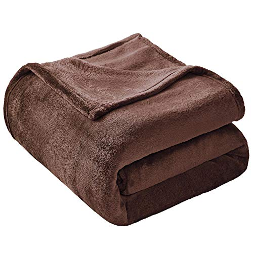 VEEYOO Flannel Fleece Blanket King Size - Brown Throw Blankets for Bed Super Soft Plush Couch Blankets and Throws Fuzzy Lightweight Microfiber Blanket for Adults, Teens, Pets (108x90 Inch Bed Throws)