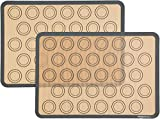 AmazonBasics Lot de 2tapis de cuisson en silicone pour macarons