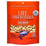 All Natural Freeze Dried Wild Alaskan Salmon Treats for Cats & Dogs - Single Ingredient Grain Free Snack With No Additives or Preservatives - 5 Ounce Bag