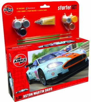 Airfix A50110 Aston Martin DBR9 Gulf 1:32 Scale Car Category 3 Gift Set with Paint Glue and Brushes, Multicolor