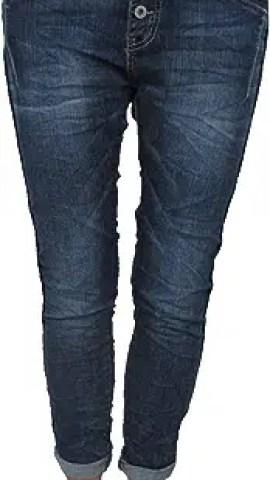 Eine günstige Boyfriend Jeans von Karostar