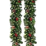 Ghopy 270cm Guirlande Sapin Noel Artificiel, Couronne Sapin Vert Arbre avec Pommes de Pin, Fruits Rouges, Décoration Idéale Noël, pour Chambre Porte Mur Fenêtre Escalier Cheminée (2,7m avec 50Leds)