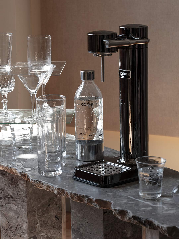 aarke - Carbonator III Premium Carbonator/Sparkling & Seltzer Water Maker with PET Bottle (Black Chrome)
