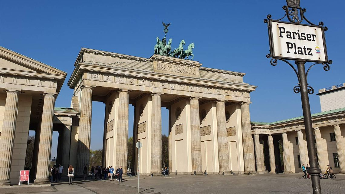 Highlights of Berlin: Brandenburg Gate, Reichstag and the majestic center of the German capital
