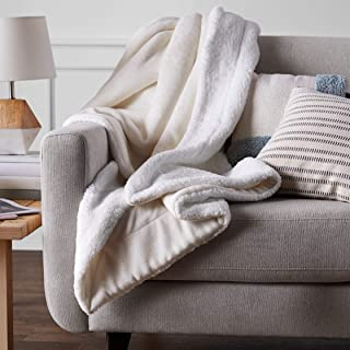 AmazonBasics Soft Micromink Sherpa Throw Blanket – Full/Queen, Cream