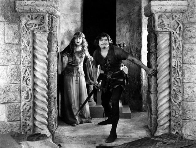 Douglas Fairbanks and Enid Bennett in Robin Hood (1922)
