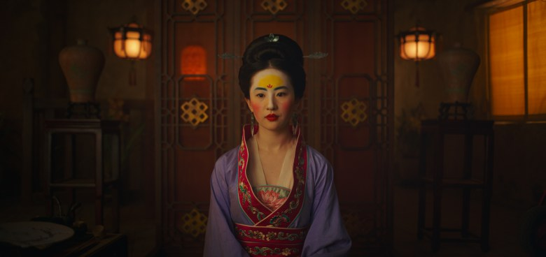 Mulan (2020) - Photo Gallery - IMDb