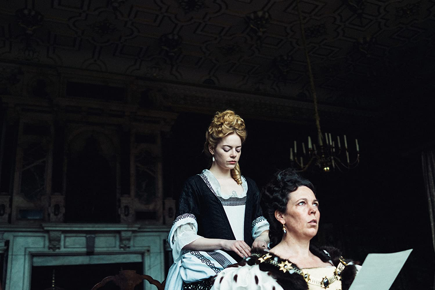 Emma Stone and Olivia Colman / The Favourite / Fox Searchlight Pictures. © 2018. All rights reserved.