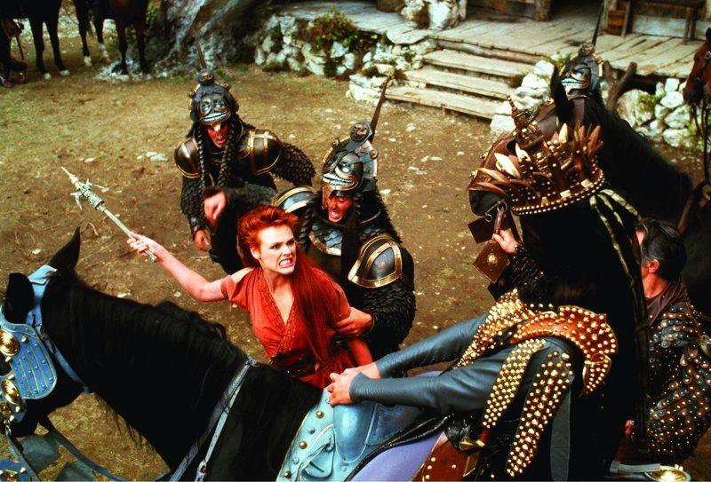 Brigitte Nielsen and Ottaviano Dell'Acqua in Red Sonja (1985)