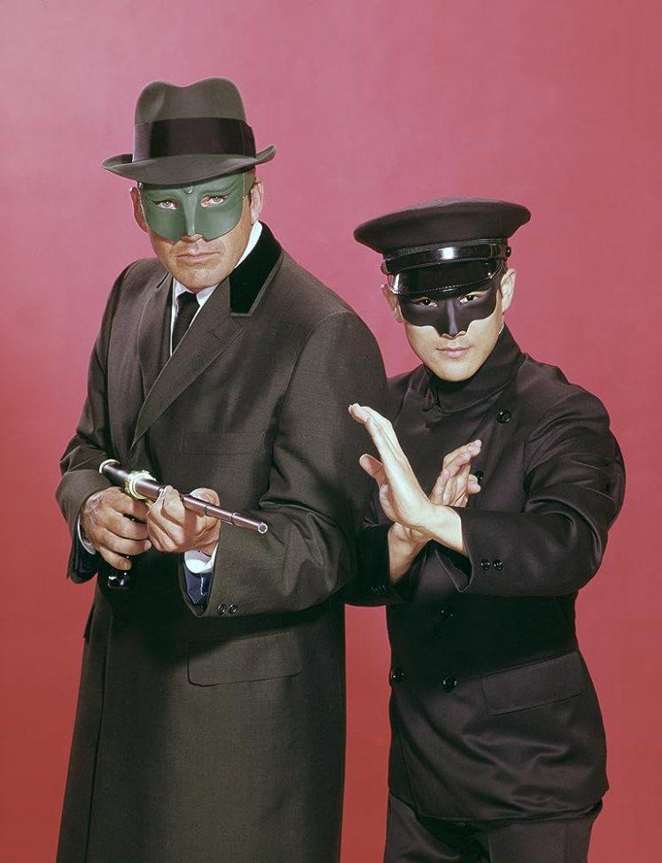 青蜂俠 - 右邊角色是加藤, 扮演人就是李小龍