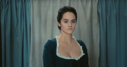 Noémie Merlant in Portrait de la jeune fille en feu (2019)