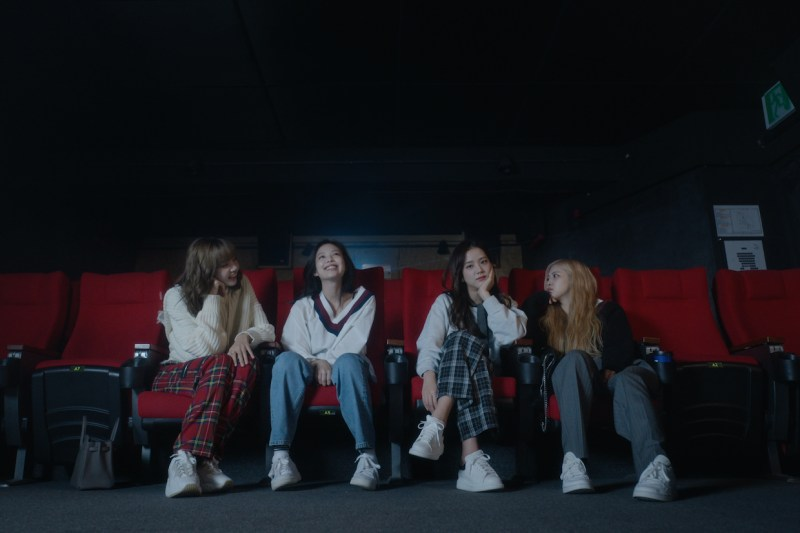 Rosé, Ji-soo Kim, Jennie Kim, Lalisa Manoban, and Blackpink in Blackpink: Light Up the Sky (2020)