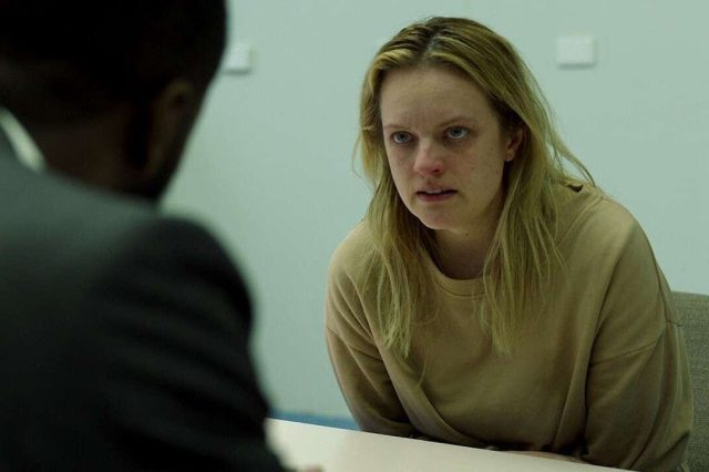 Elisabeth Moss and Aldis Hodge in The Invisible Man (2020)