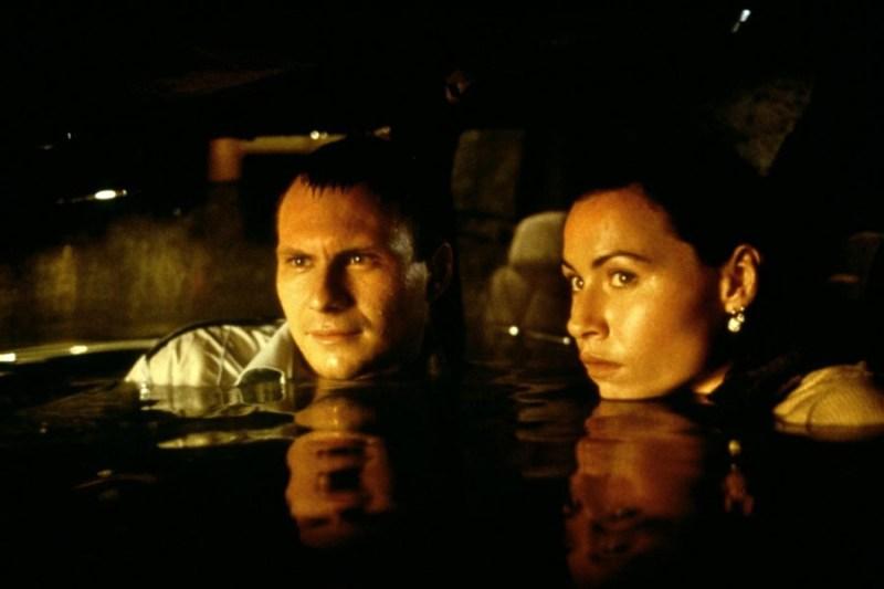 Christian Slater and Minnie Driver in Hard Rain (1998)