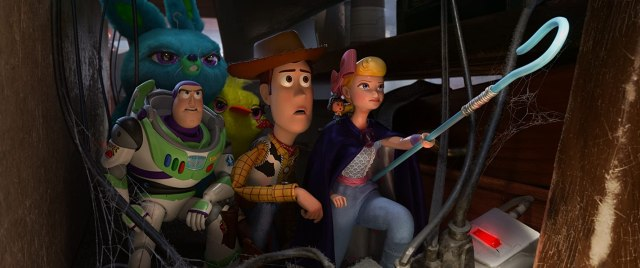 Tom Hanks, Tim Allen, Annie Potts, Keegan-Michael Key, Ally Maki, and Jordan Peele in Toy Story 4 (2019)