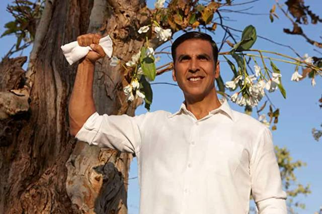 Akshay Kumar, Bollywood Actor Akshay Kumar Fight With A Woman Soldier During Meeting BSF Jawans