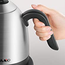 electric tea kettle with non-slip handle
