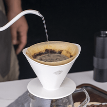 CrossCreek White Ceramic Coffee Dripper with 650ml Glass Server Part 3