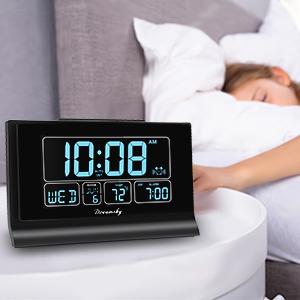 digital alarm clock with snooze