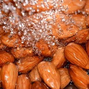 Urban Platter Almond Milk, 1 Litre
