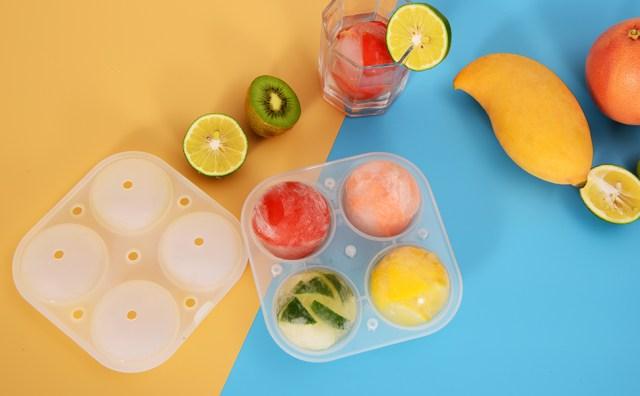 Adoric ice cube tray