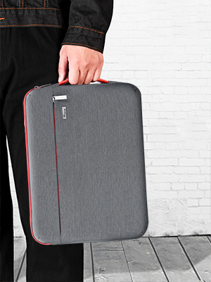Laptop sleeve for men