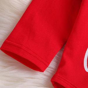 red sleeves