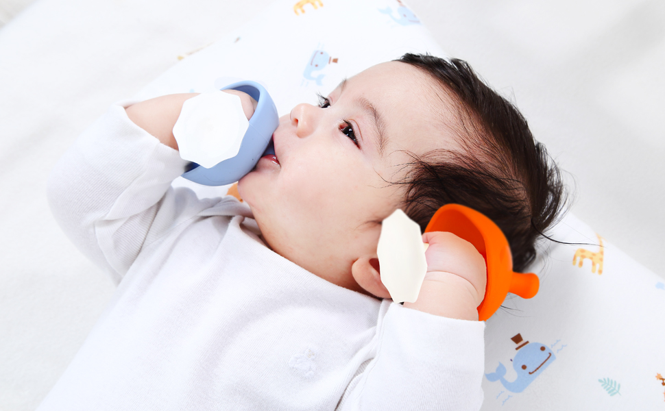 sucking is calming for 0-3month babies