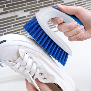 Versatile and Effective Scrub Brush