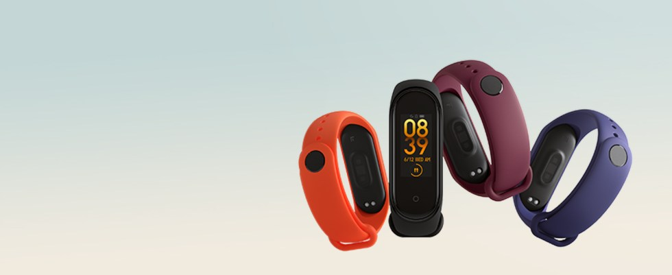 Colored straps, Upto 20 days battery life