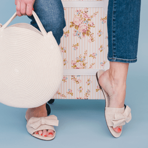 wipes - shoes and bags