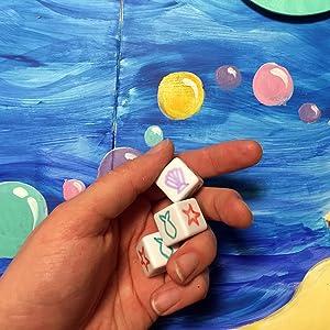 Blank dice, blank game board