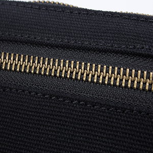 zipper clutch purse