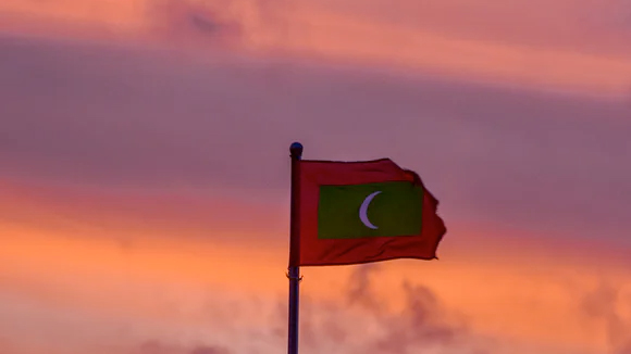 Identify the country this flag belongs to.