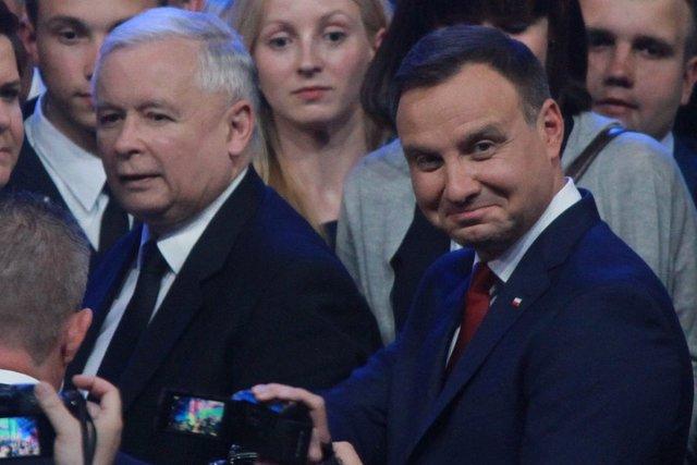 Duda i Kaczyński wolą rozmawiać nocą?