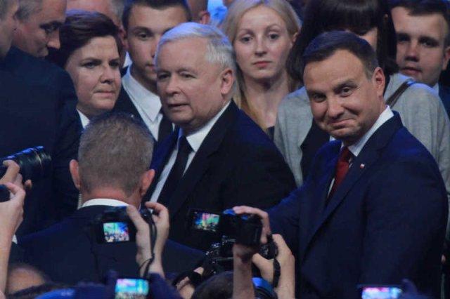 Andrzej Duda coraz wyraźniej pokazuje, że jest prezydentem opcji.