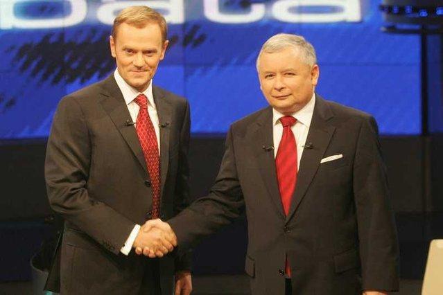 70 proc. Polaków nie chce powrotu Donalda Tuska i Jarosława Kaczyńskiego do polityki.