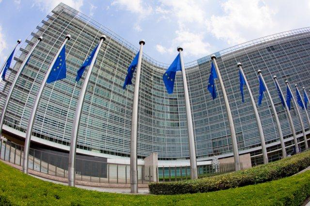 Nowe informacje prosto z Komisji Europejskiej – Polska ma przyjąć prawie 12 tysięcy uchodźców