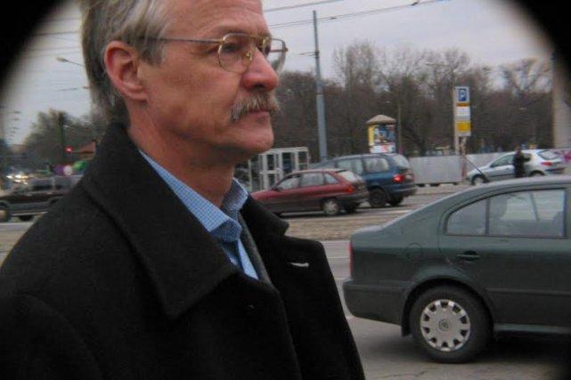Tadeusz Zwiefka zastąpi Jacka Protasiewicza na stanowisku szefa kampanii wyborczej PO do PE.